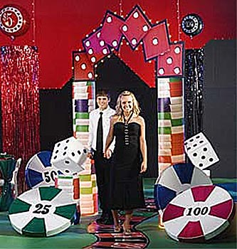 hit the jackpot arch for a casino theme party our hit the jackpot arch